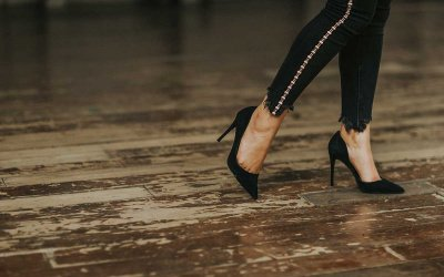 My Most Embarrassing Moments Onstage: High-Heel Horrors